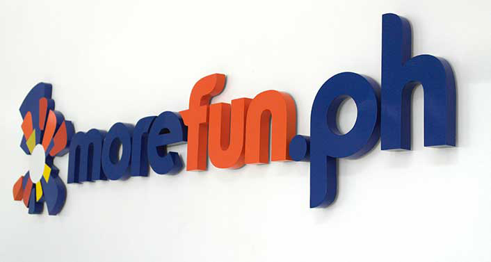 morefunph Office Wall