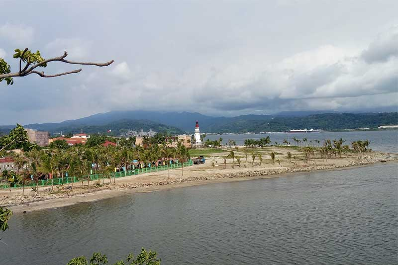 Vista Marina and Lighthouse - Subic Bay 2017
