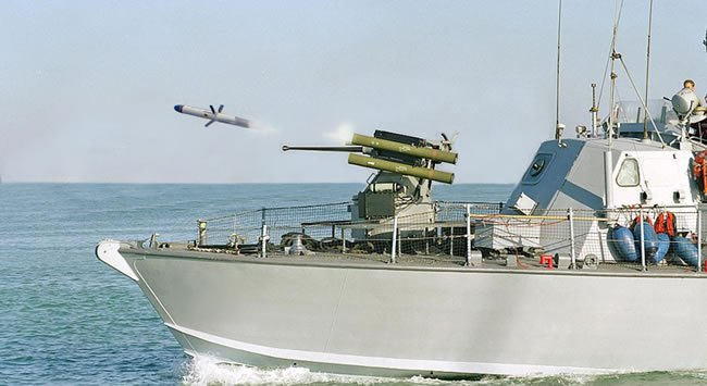 Israeli missile system for 3 Navy attack crafts to arrive December